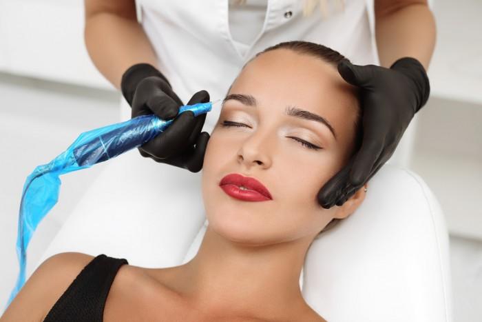 Как выбрать достойную школу для обучения перманентному макияжу и татуажу